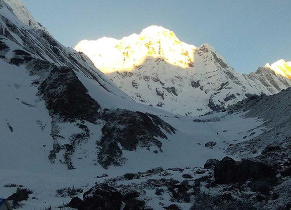RESERVA: Trekking para o Circuito de Annapurna - 18 dias