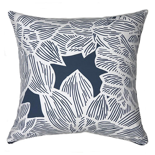 MADDY PILLOW 2 - WHITE ON NAVY