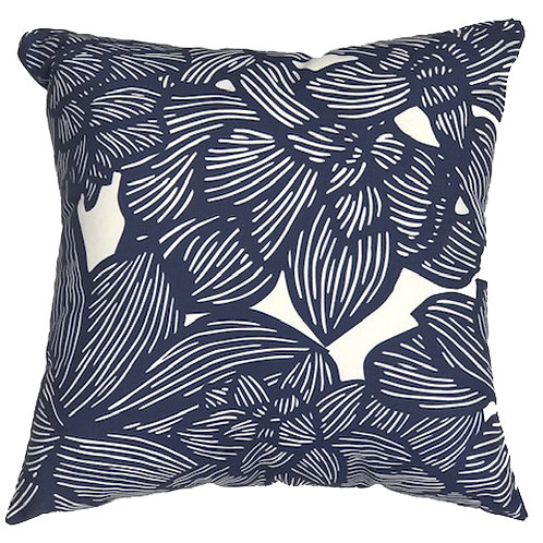 MADDY PILLOW 1 - NAVY ON WHITE