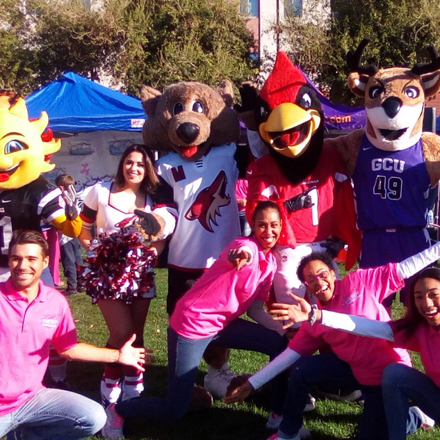 The Arizona mascots (Spirit,Howler, Big Red & Thunder) are like our JEESQUAD family!!