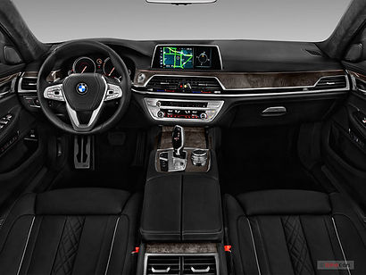 2019_bmw_7_series_dashboard-1.jpg