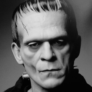 Boris Karlof as Frankenstiens Monster