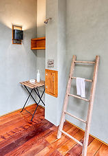 sanders-outdoor-shower-sineath-v.jpg