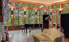sanders-livingroom-sineath.jpg
