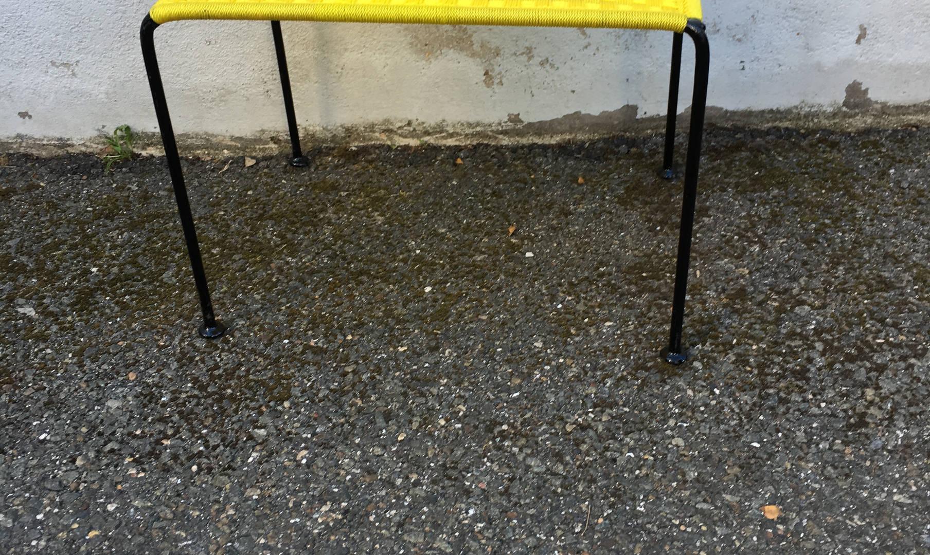Table mini