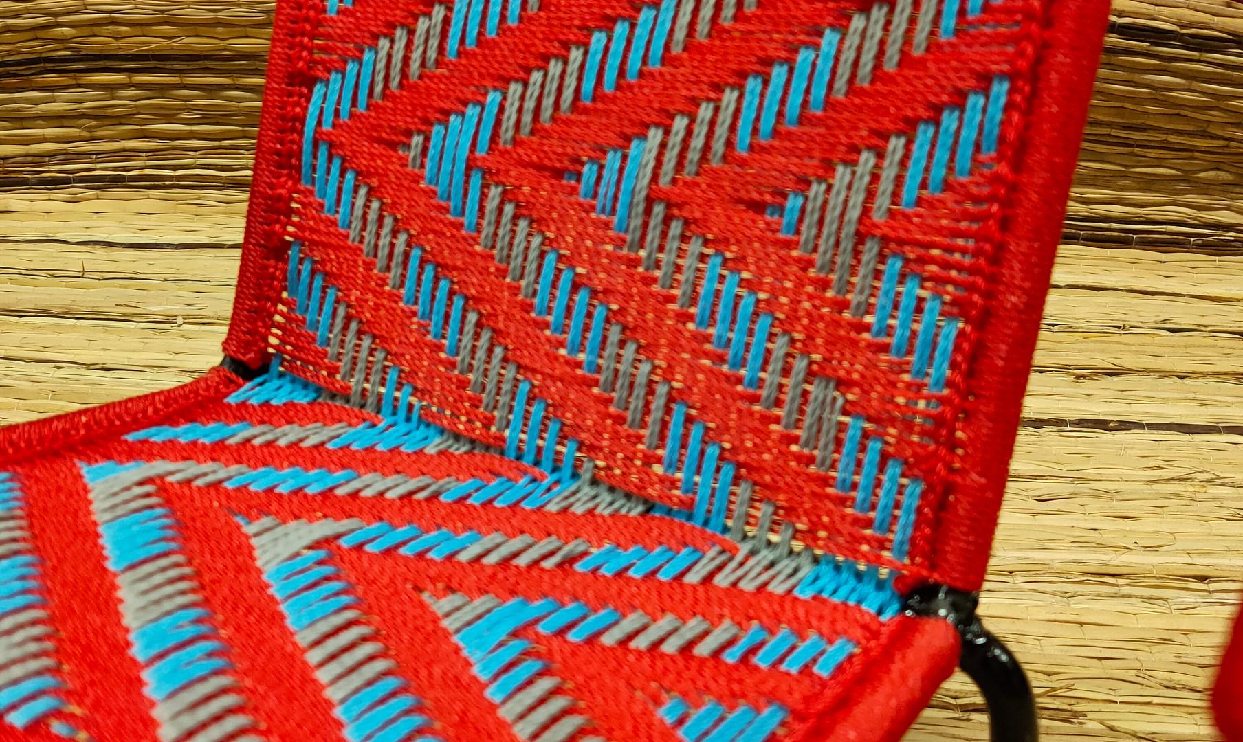 Rouge/ turquoise / gris foncé