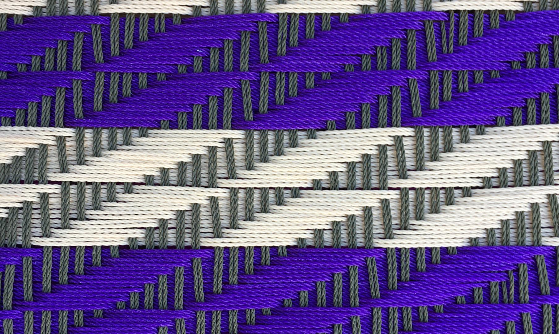 Gris clair / violet / blanc