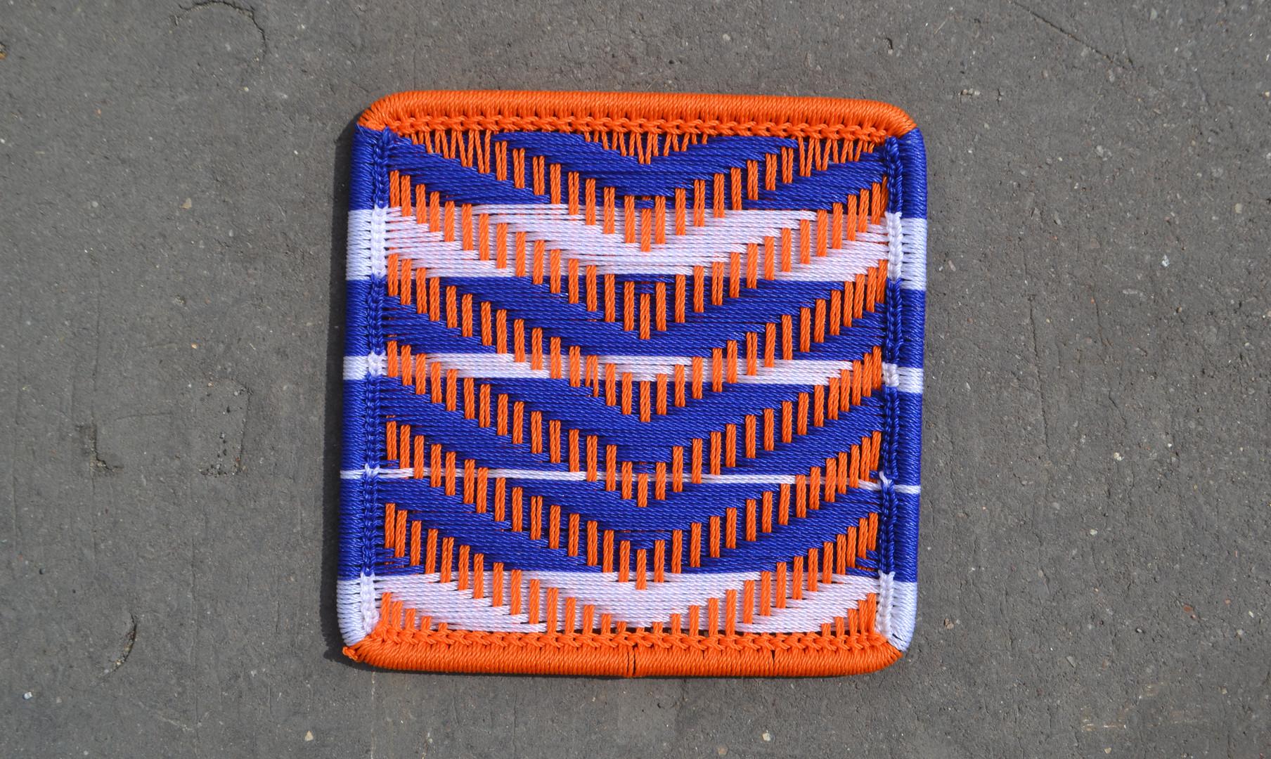 Orange / bleu / bandes blanches