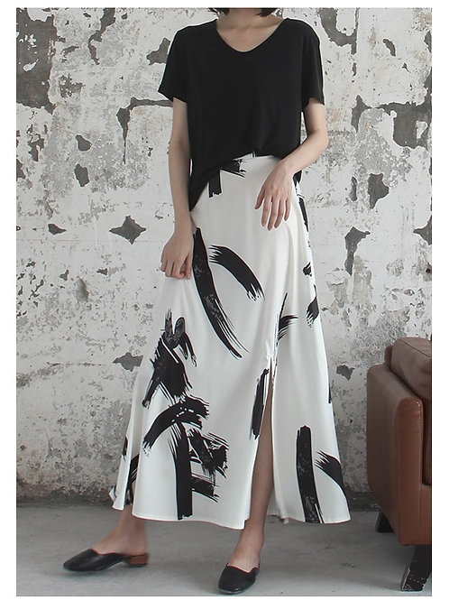 Contemporary Stroke Skirt