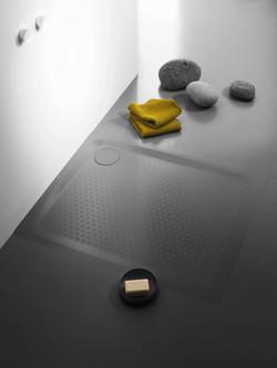 Steel shower tray, secure plus anti-slip