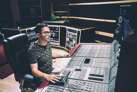 Edlopez_IngenieroAudioProductor.jpg
