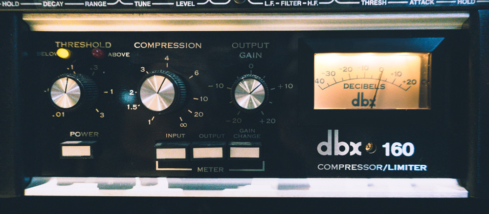 dbx 160 vintage hardware version.