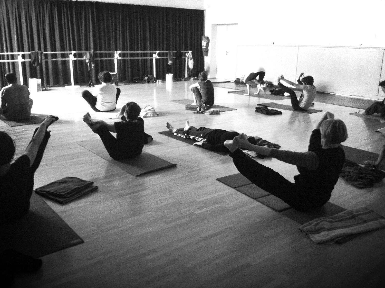 yoga rognac urdhva konasana