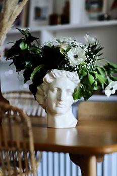 Vase-apollo-madeleine-decoration-doiy3.jpeg
