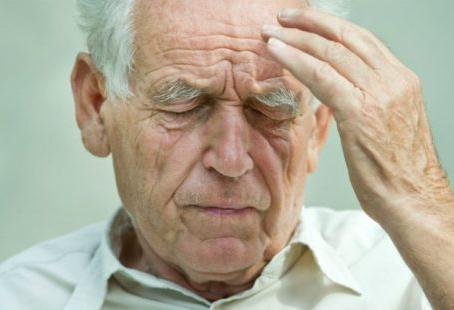 Alzheimer: Cuidados simples que devemos ter dentro de casa