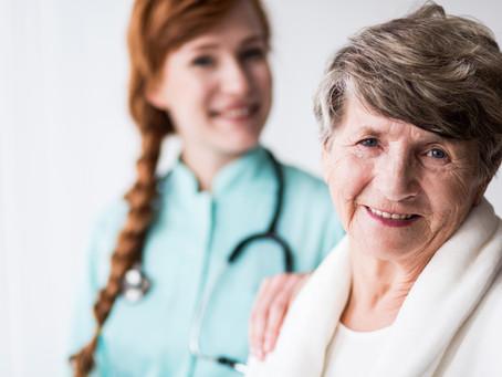 Home Care: Conheça a história, benefícios e desafios desse serviço