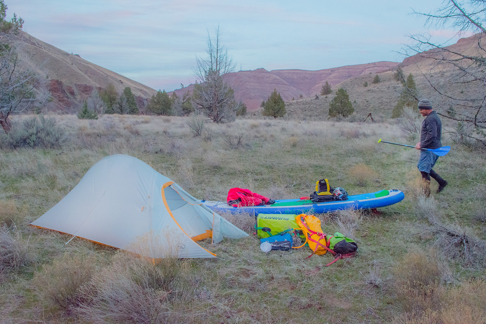 Paddleboarding expedition on the John Day River