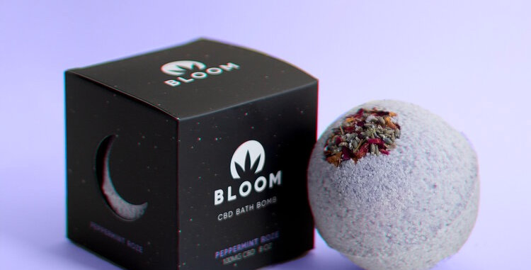 Bloom · Peppermint Roze CBD Bath Bomb (100mg)
