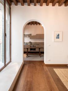 12 | SMD HOUSE