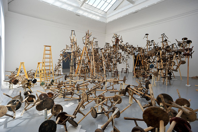set-up Ai Weiwei installation/1