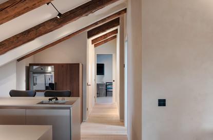 06   LX HOUSE