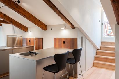 10   LX HOUSE