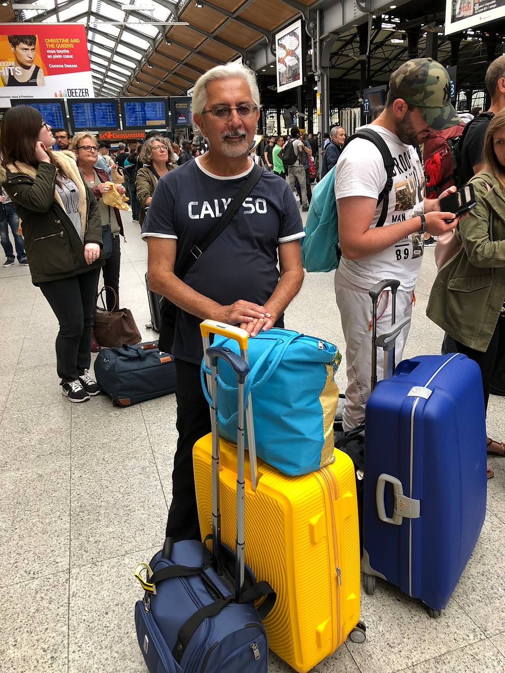 travel information, travel light, luggage storage