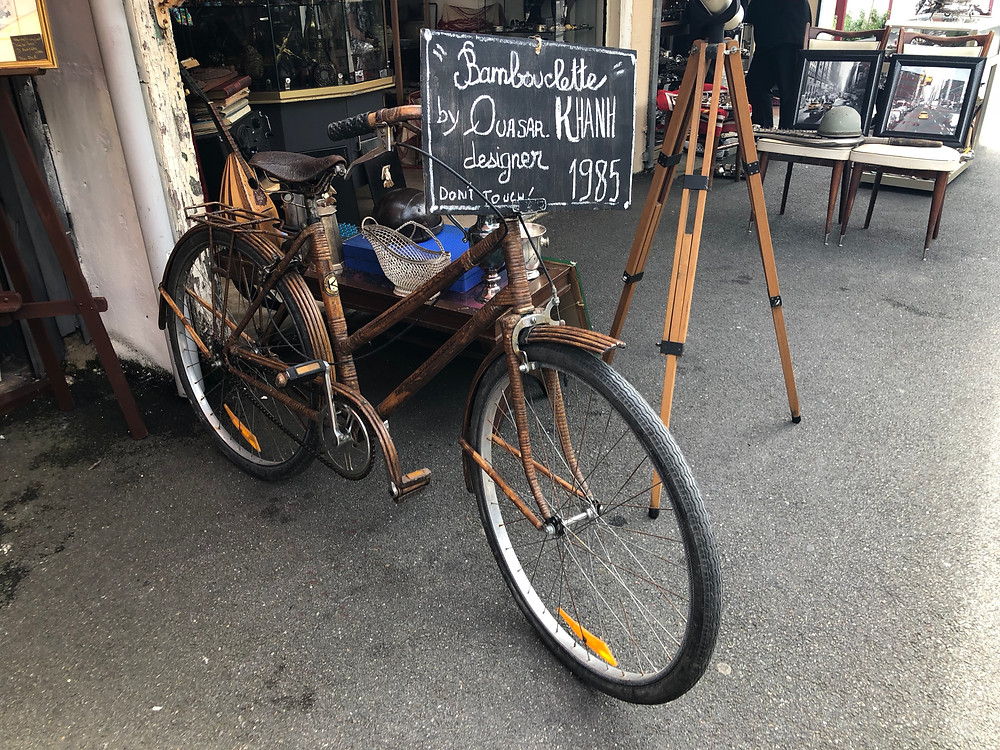 vintage, bicycle, open market, flea market, Paris, france, shopping,