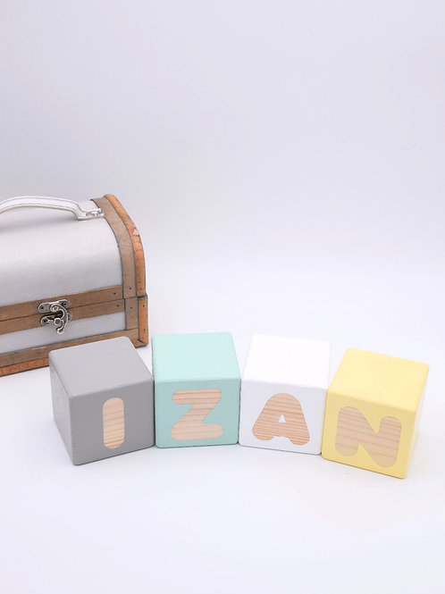 Izan - 4 letras