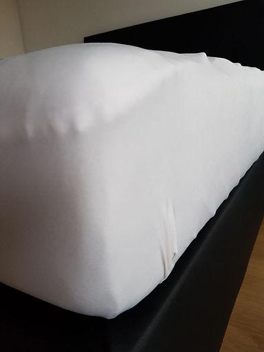 Sauberes Bett.jpg