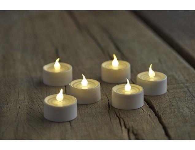 Kerzen im Seitensprungzimmer