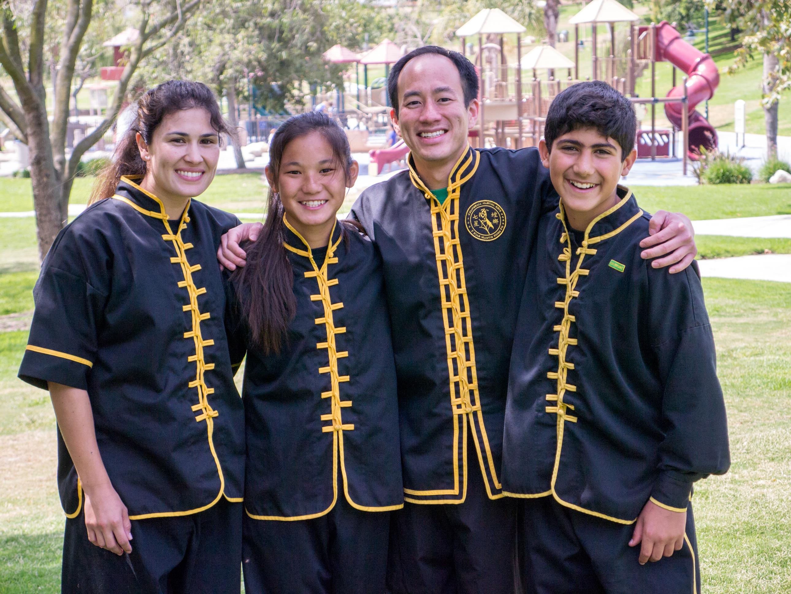 Grandmaster Lee Kam Wing Workshop 2014-18.jpg