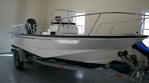 17' Boston Whaler Montauk 2003
