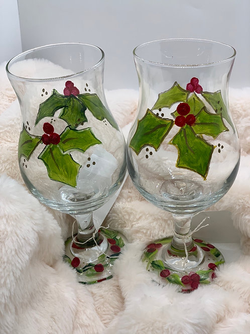 Holly Wine Glass Set