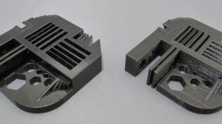 В чем разница между технологиями 3D-печати FDM и Polyjet?