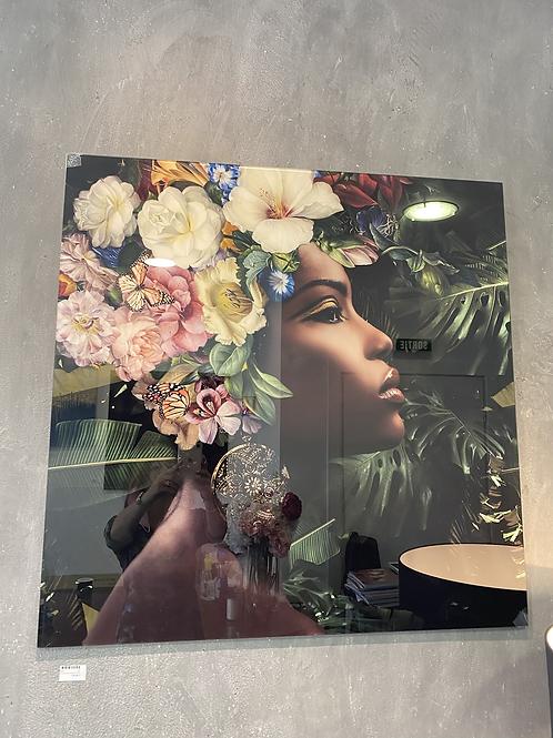 Tableau en verre femme fleurs