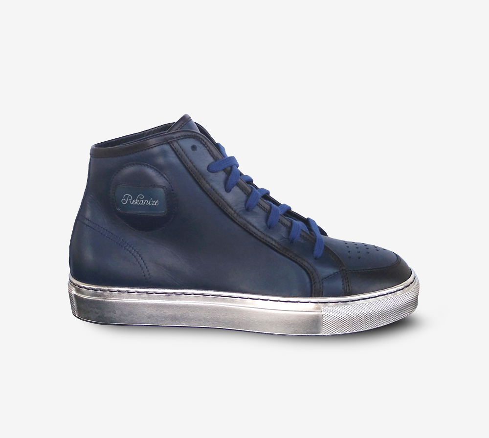 Rekanize Reflects navy and silver sneakers
