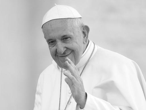 A Farsa Necessária do Papa Francisco