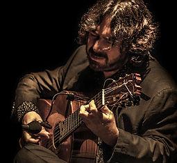JUAN REQUENA CON Producciones de Flamenco Sampedro