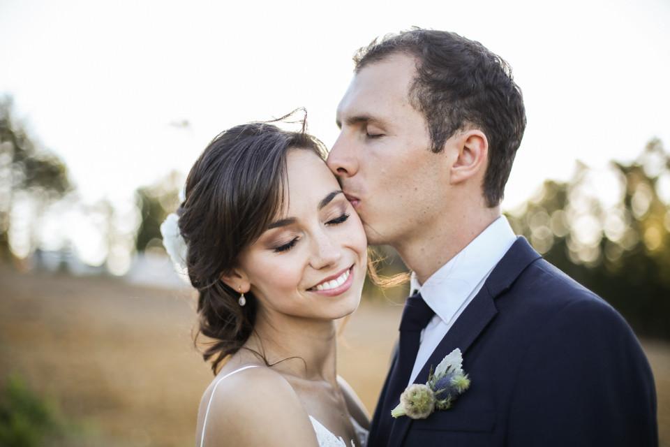groom kissing bride cape town wedding photographer zandri du preez photography