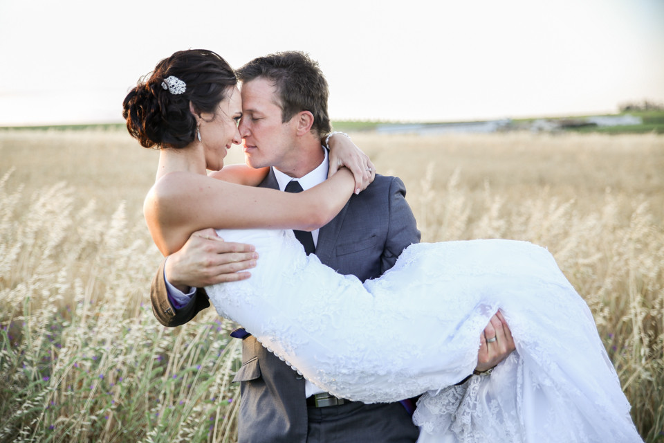 romantic wedding photograph wedding photographers cape town