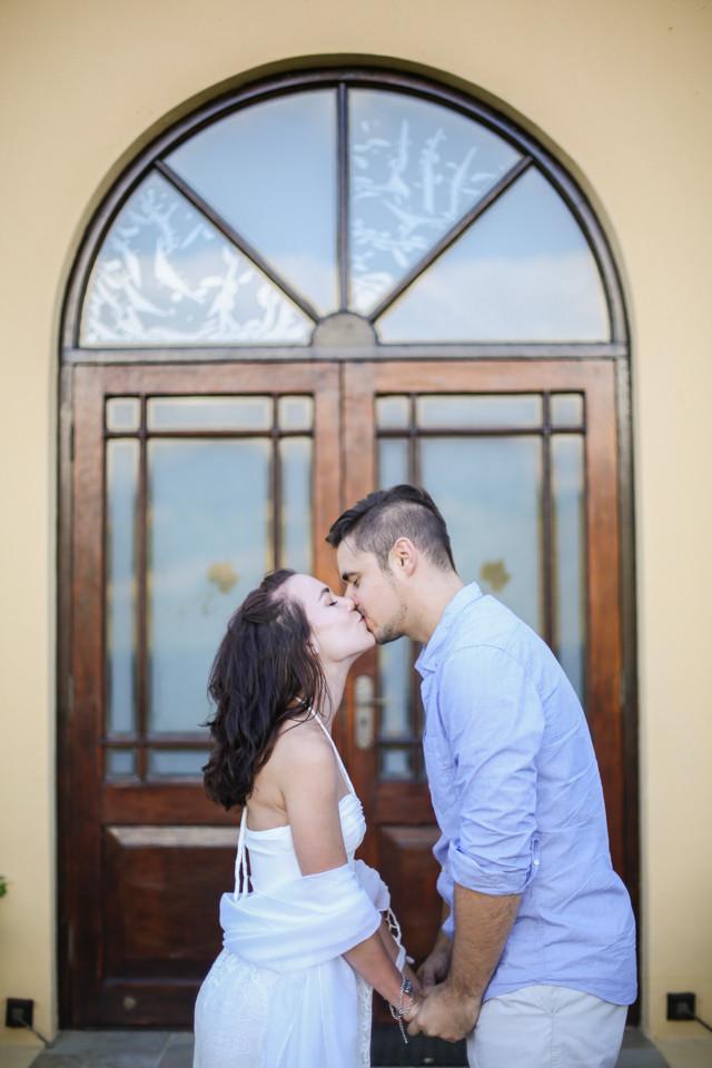 beautiful engagement photo ideas