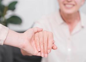 Une étude pour renforcer la prise en charge des aidants de patients atteints de troubles cognitifs