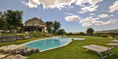 pool+and+house.jpg