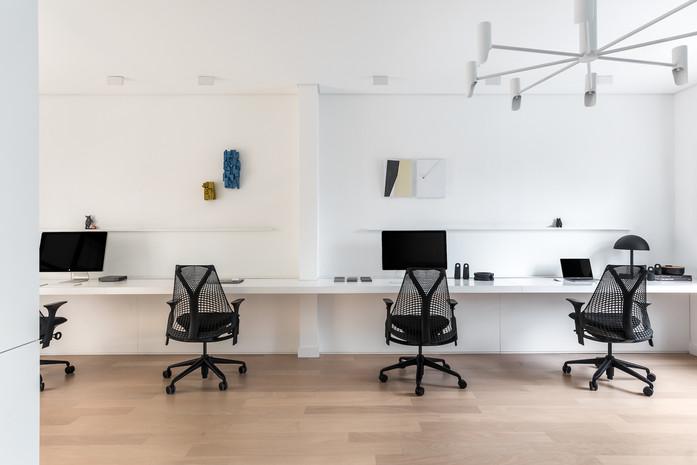 simple office (5).jpg