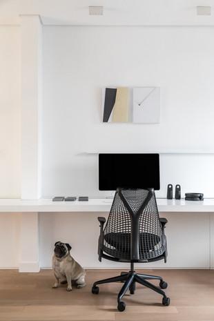 simple office (4).jpg