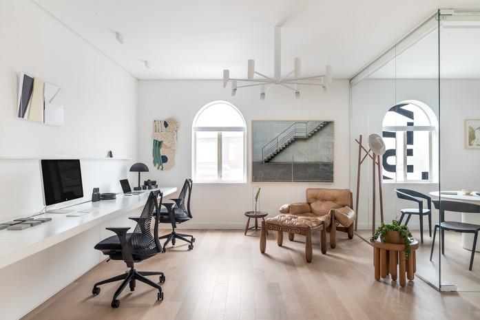 simple office (2).jpg