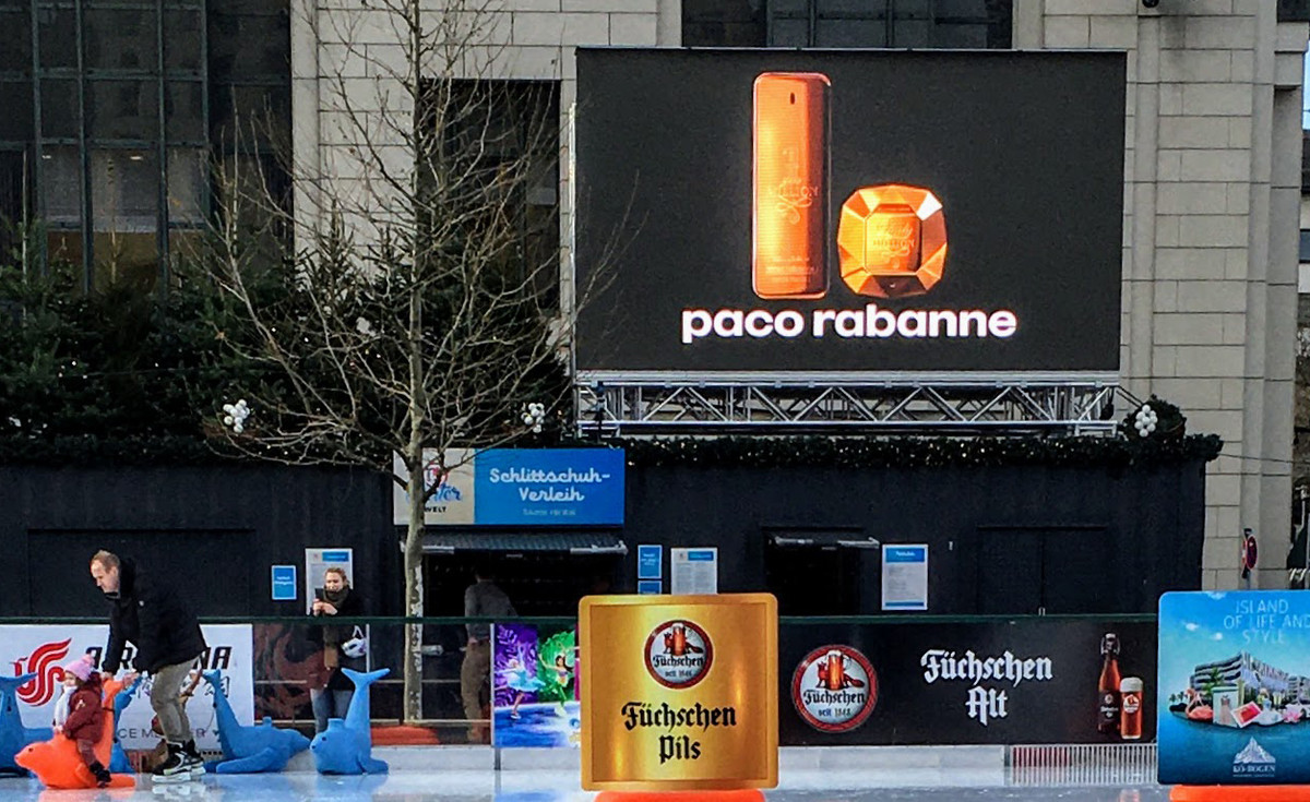 """DOOH Düsseldorf, Königsallee, PUIG mit """"Paco Rabanne Million"""""""