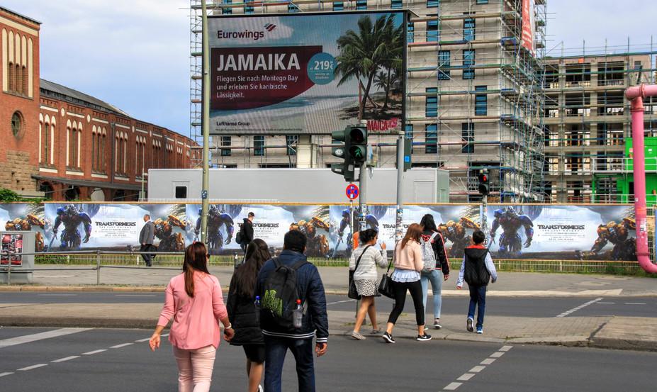 DOOH SCHALTUNG EUROWINGS & JAMAIKA, XXL SCREEN