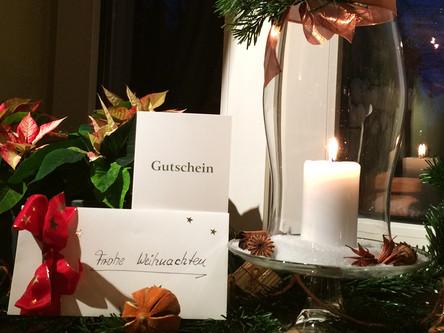 Weihnachtliche Restaurant-Gutscheine